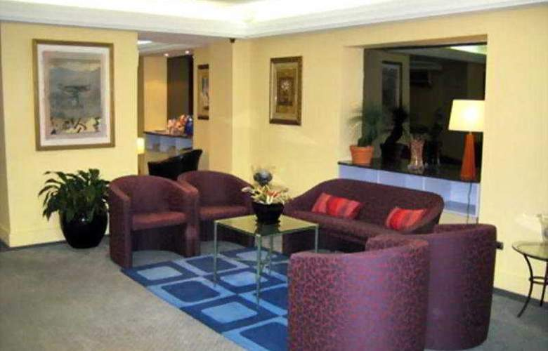 DeVere Hotel - General - 1