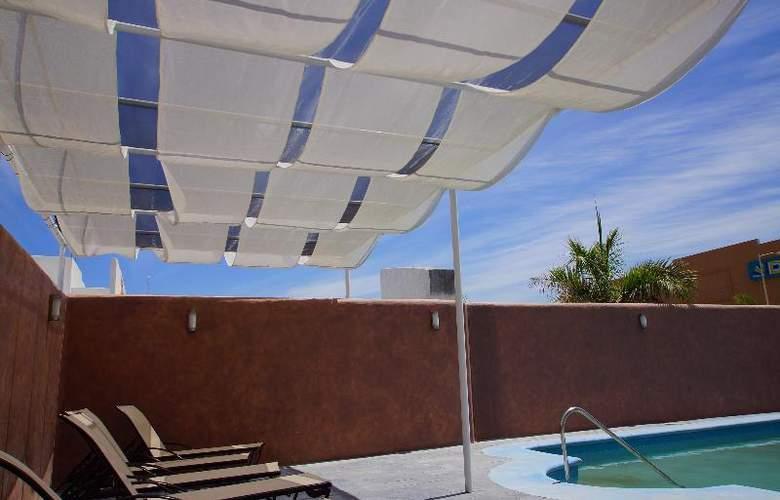Zar La Paz - Pool - 12