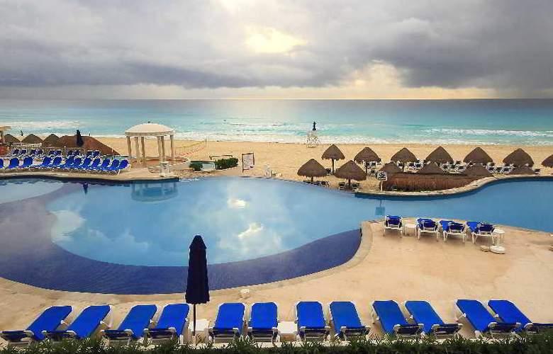 Golden Parnassus Resort & Spa All Inclusive - Beach - 20