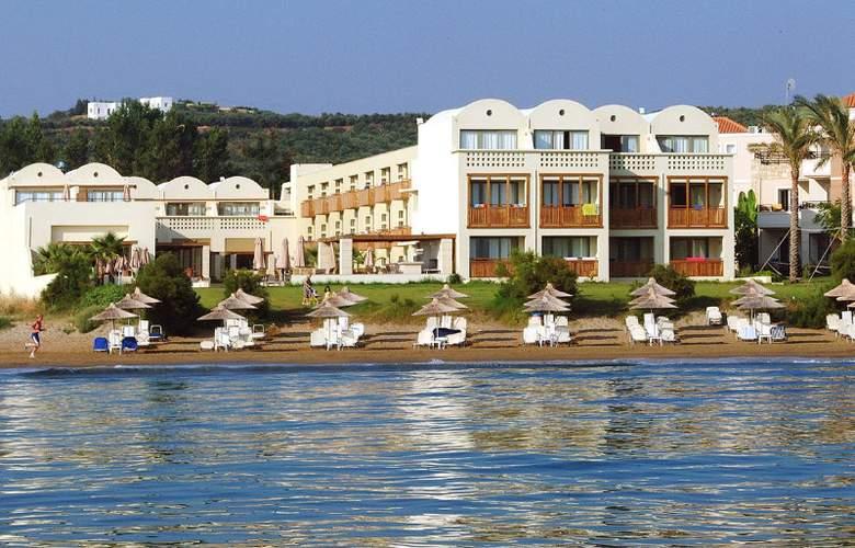 Santa Marina Plaza - Beach - 15