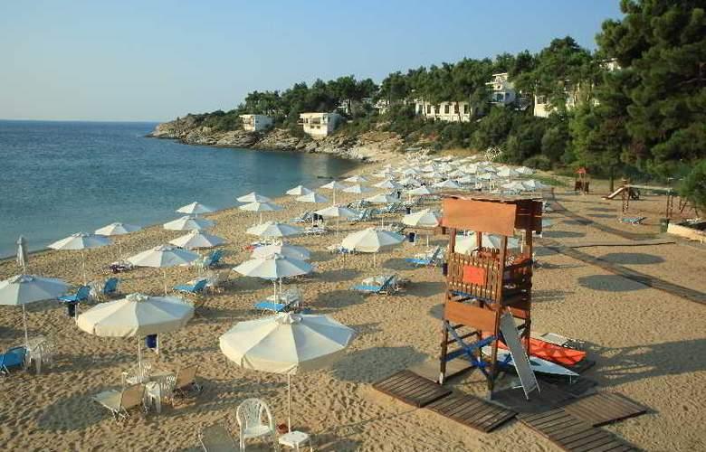 Tosca - Beach - 11