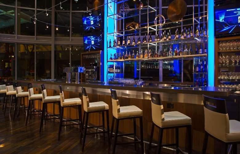 Vancouver Marriott Pinnacle Downtown - Bar - 11