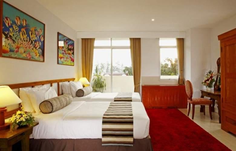 Waterfront Suites Phuket by Centara - Room - 9