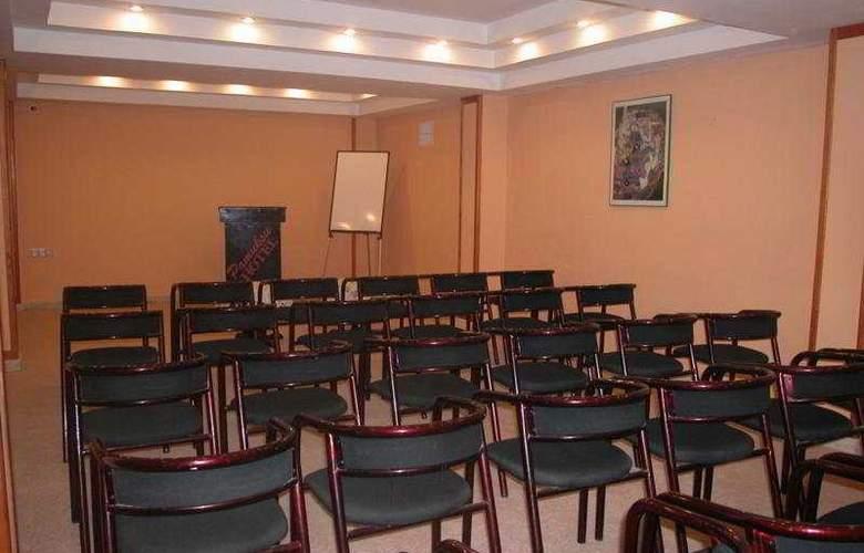 Pamuksu Boutique - Conference - 7