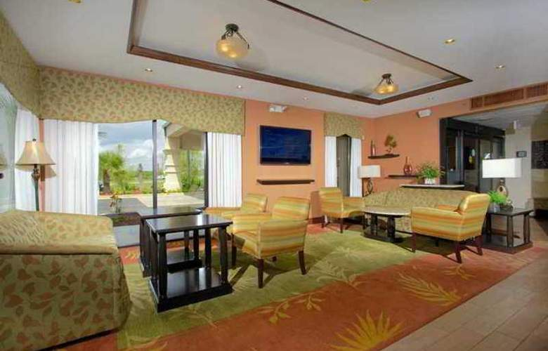 Hampton Inn Crestview - Hotel - 0