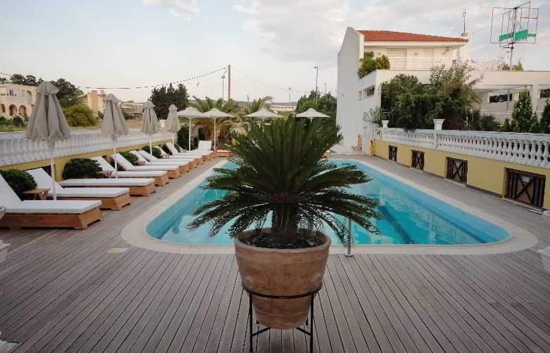 Cristina Maris Hotel - Pool - 13