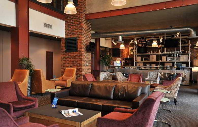 Protea Hotel OR Tambo Airport - Bar - 6