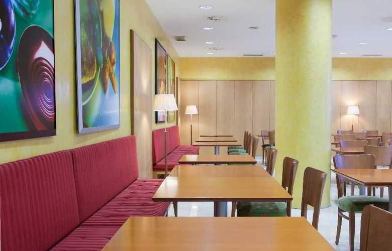 City Express Santander Parayas - Restaurant - 10