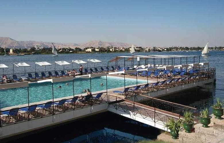 Iberotel Luxor - Pool - 1