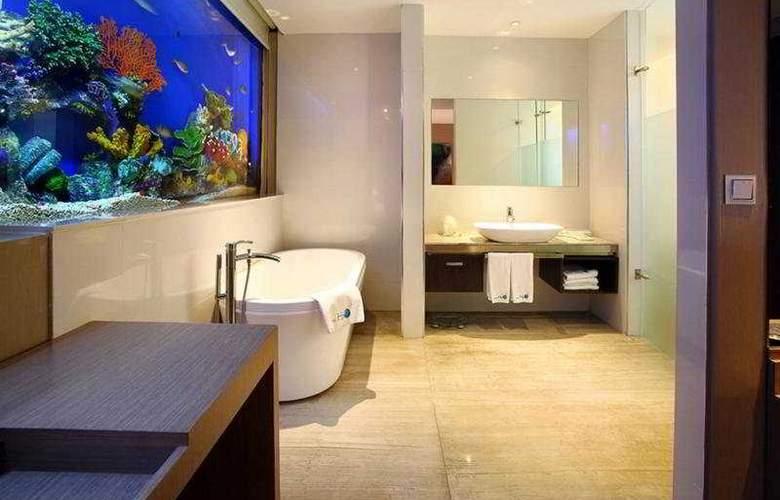 H2O - Room - 6
