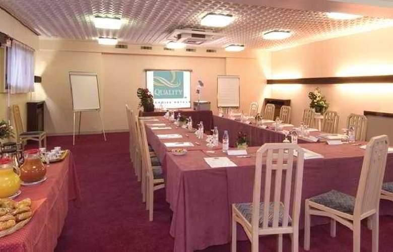 Qualys Rueil La Defense - Conference - 1