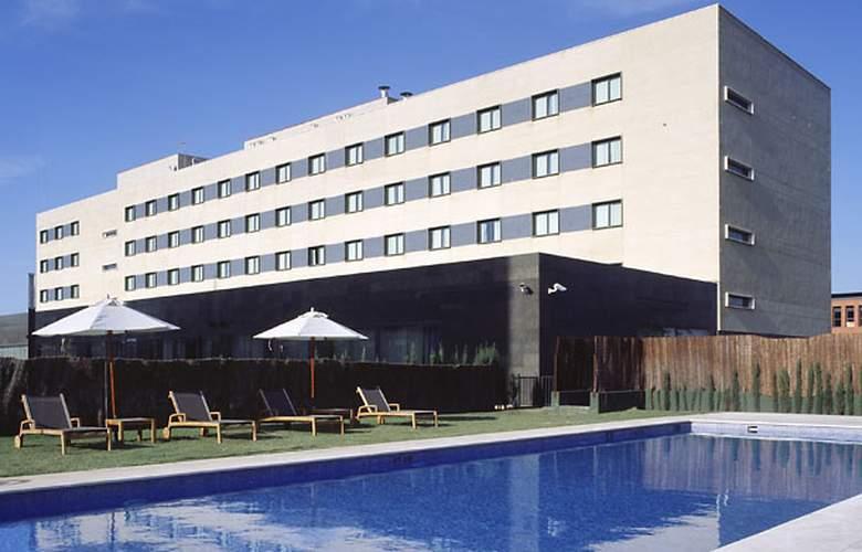 AC Sevilla Forum - Pool - 1