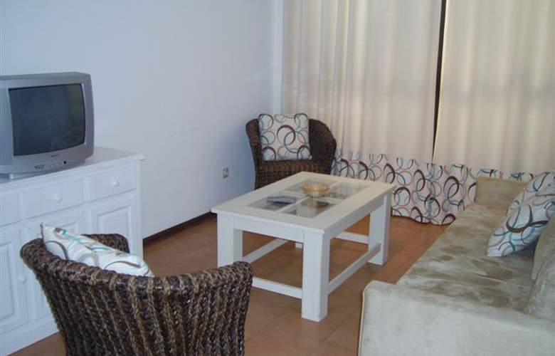 Sol Nascente Apartamentos Turísticos - Room - 1