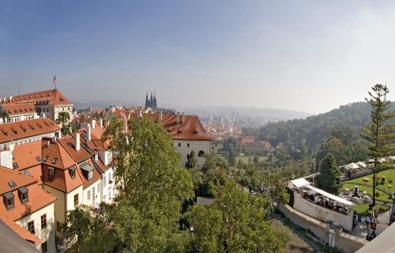 Monastery Garden - Hotel - 12