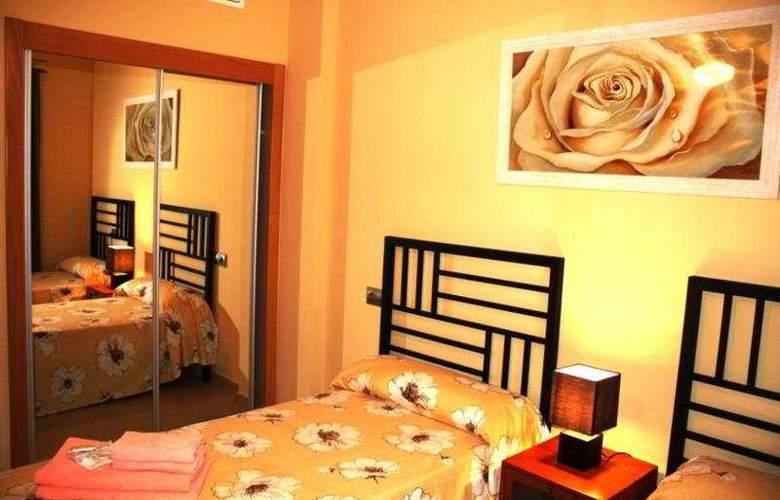 Playamarina Spa Apartamentos - Room - 6