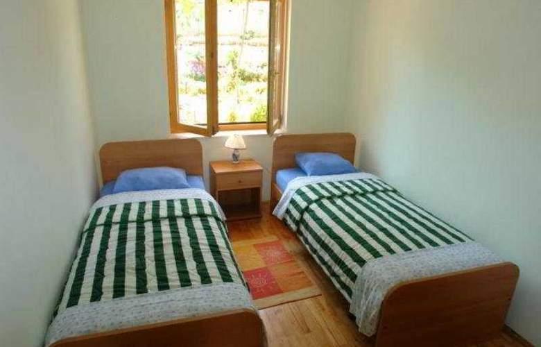 Santic - Room - 6
