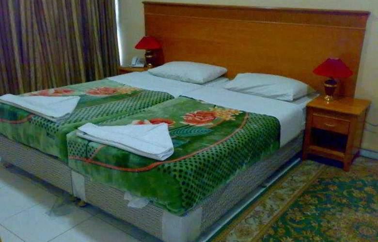 Shalimar Park - Room - 2