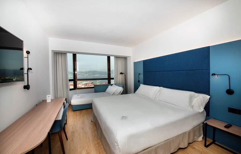 Occidental Vigo - Room - 6