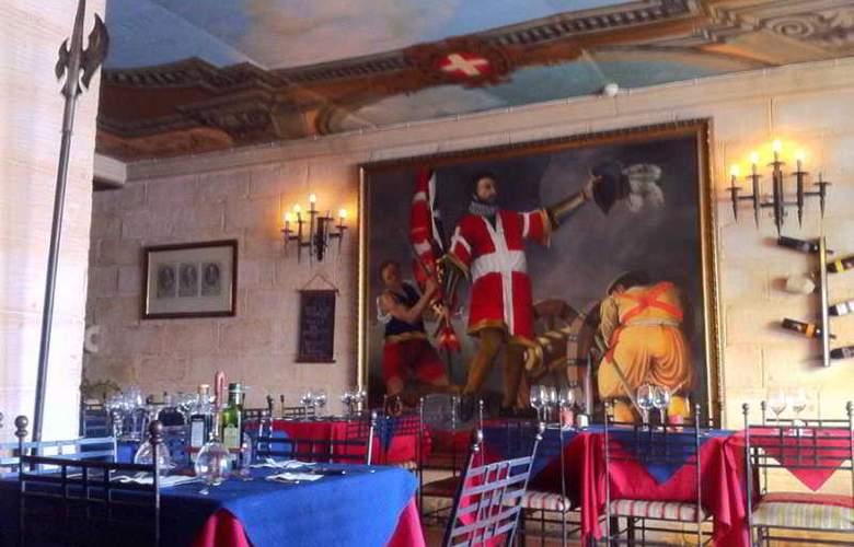 St. Julian's Bay - Restaurant - 4