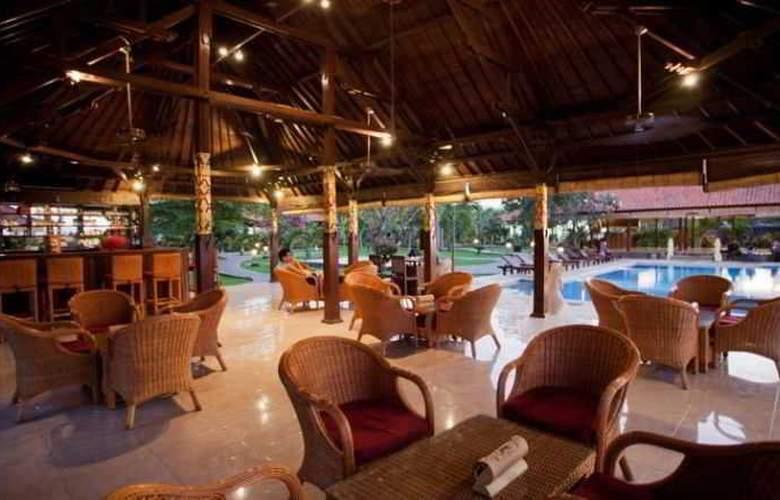 Adi Assri Beach Cottages Singaraja - Restaurant - 27