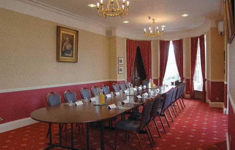 Best Western Chilworth Manor Hotel - Hotel - 48