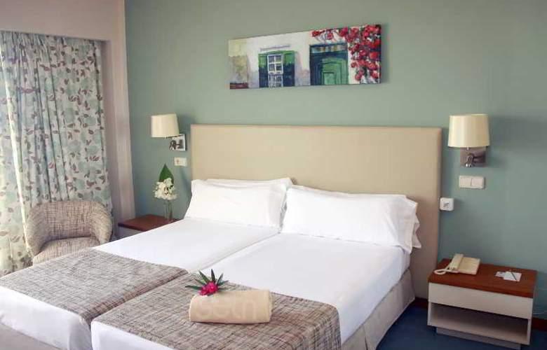 Santo Tomas - Room - 10