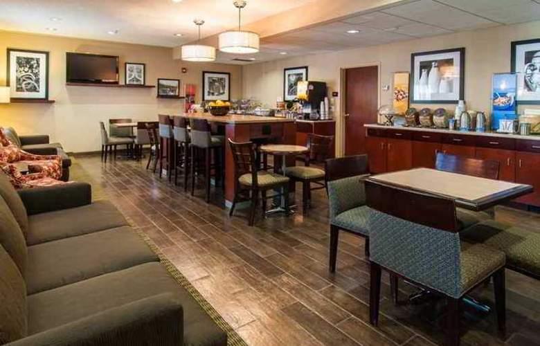 Hampton Inn Boise Airport - Hotel - 10
