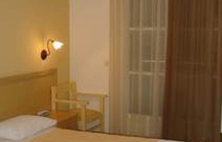 Omiros Hotel - Room - 3