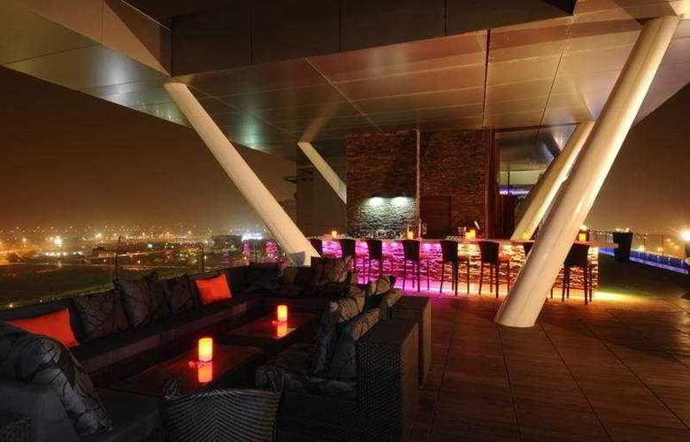 Aloft Abu Dhabi - Bar - 45