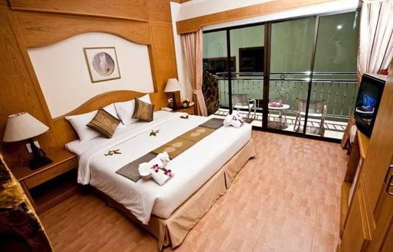 Chang Residence - Room - 2