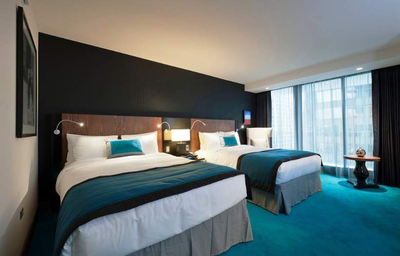 Radisson Blu Aqua Hotel - Room - 8