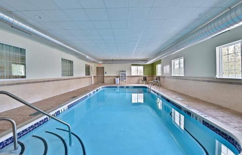 Sleep Inn & Suites Harrisburg - Hershey North - Hotel - 0