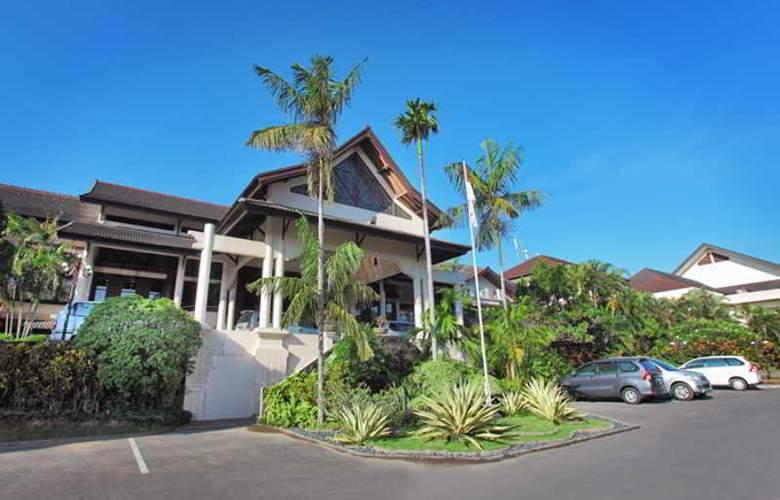 Lombok Raya - Hotel - 7