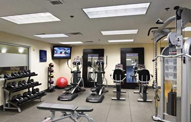 Hampton Inn Center City - Sport - 15