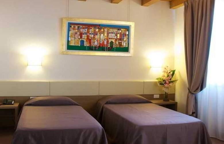 Hotel Villa Costanza - Room - 4