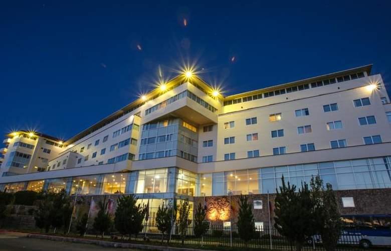 Jose Antonio Puno - Hotel - 7