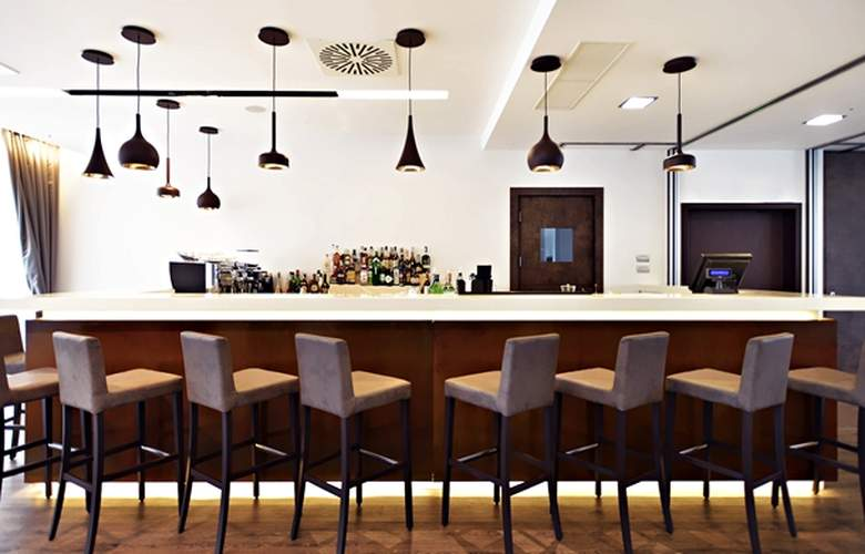 Hilton Garden Inn Milan North - Bar - 2