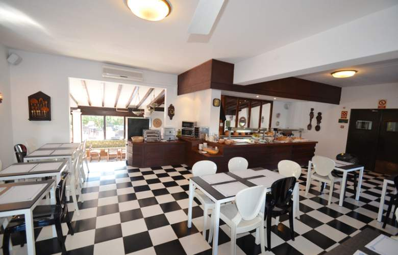 Azuline Hotel Galfi - Restaurant - 4