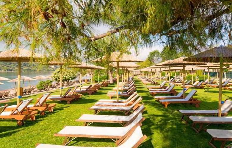 Mare Nostrum Hotel Club Thalasso - Terrace - 56