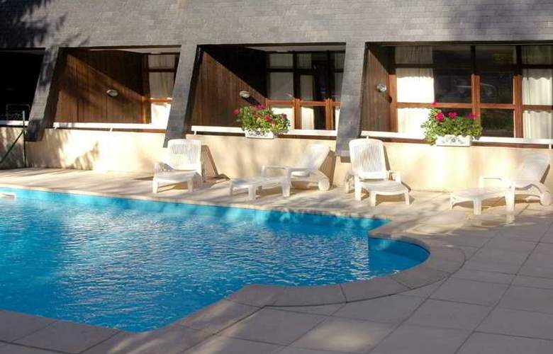 Residence Royal Milan - Pool - 3