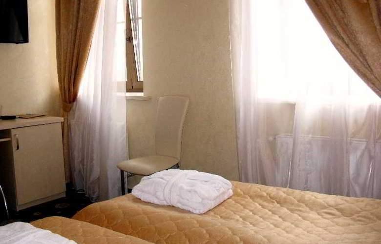 Gonchar - Room - 2