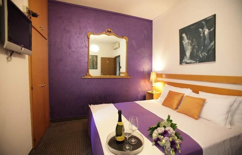 Art Hotel Mirano - Room - 2