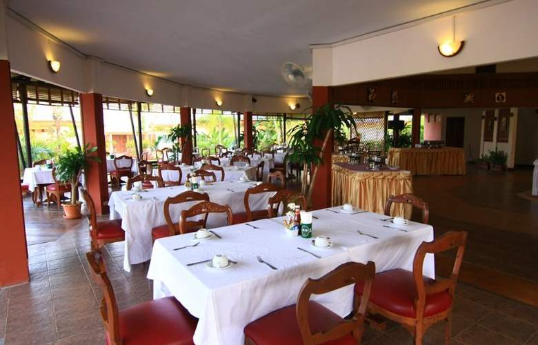 Eastiny Resort & Spa, Pattaya - Restaurant - 15