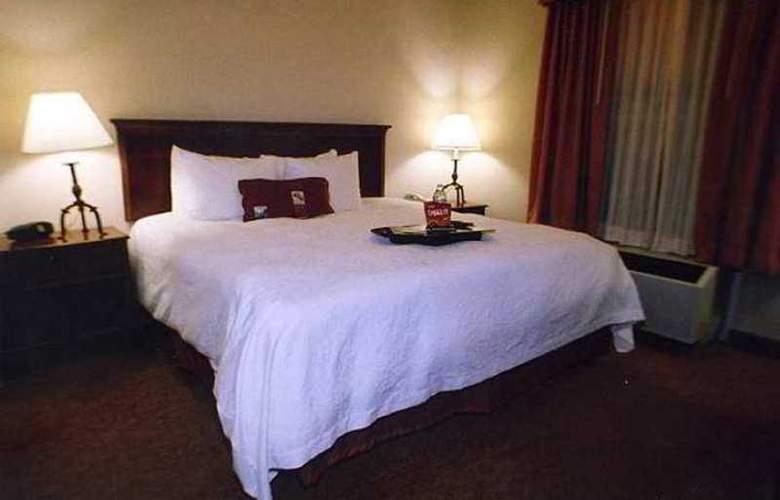 Hampton Inn & Suites Memphis-Shady Grove - Hotel - 5
