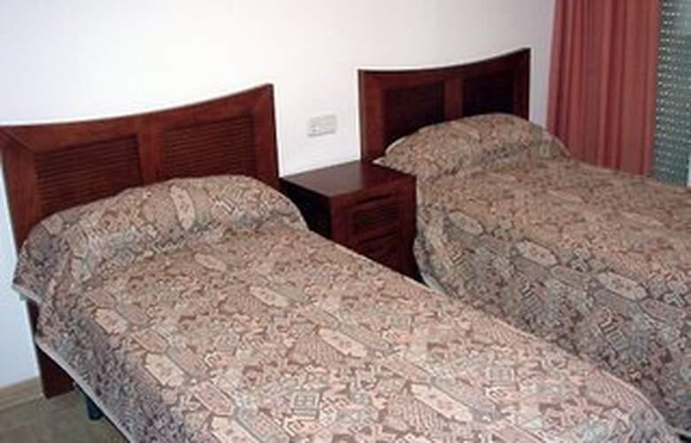 Mares - Room - 3