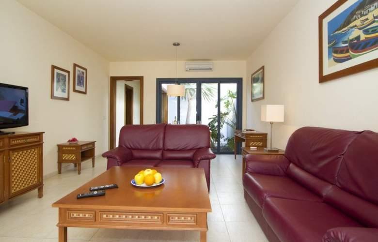 Sun Grove Villas - Room - 12