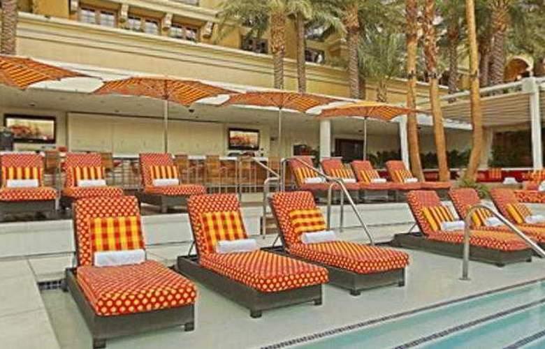 Green Valley Ranch Resort & Spa Casino - Terrace - 14