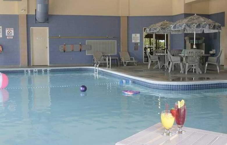 Holiday Inn Toronto Mississauga - Pool - 1