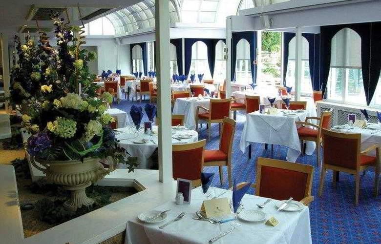 The Bromley Court - Restaurant - 4