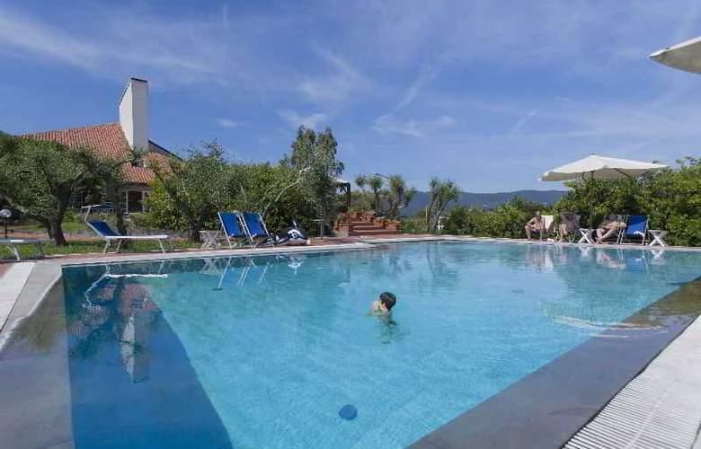 Albergo Paracucchi la Locanda Dell'Angelo - Pool - 16